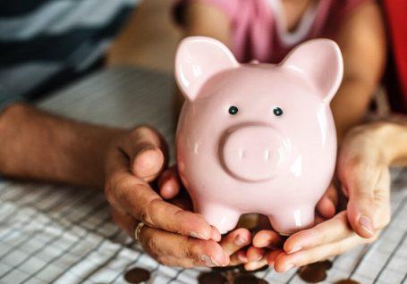 Como se financiam as ONG