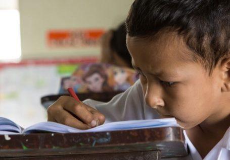 Escolas resilientes e preparadas para um mundo em crise