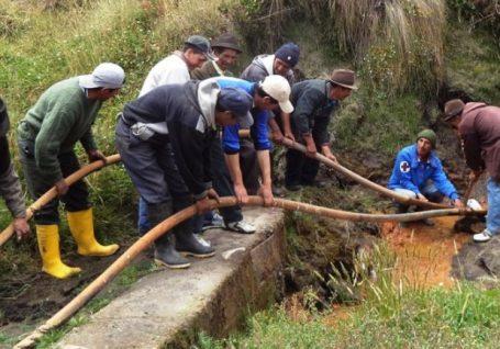 O desafio de levar água às comunidades mais remotas do Equador