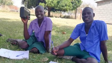 Rádio em África: para que a usamos?